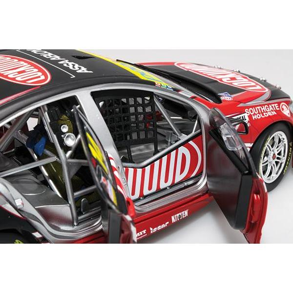 HOLDEN VF COMMODORE #14 FABIAN COULTHARD